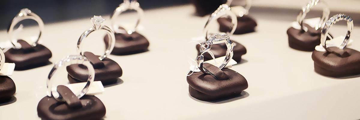 Goedkope trouwringen, diamanten ringen, verlovingsringen, online trouwringen kopen, online verlovingsringen kopen,